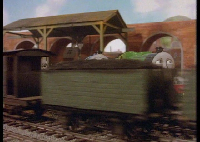 Thomas The Tank Engine and Friends S02E12 038 Pop Goes the Diesel avi