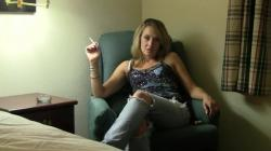 Jaydn in her hotel room 1080p H 264 AAC mp4