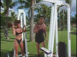 Kiana Tom Flex Appeal Workin Hot Black Bikini 720p 20140918031102 0 JPG